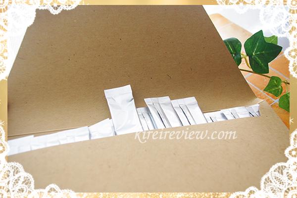 箱の中はスティックが30包